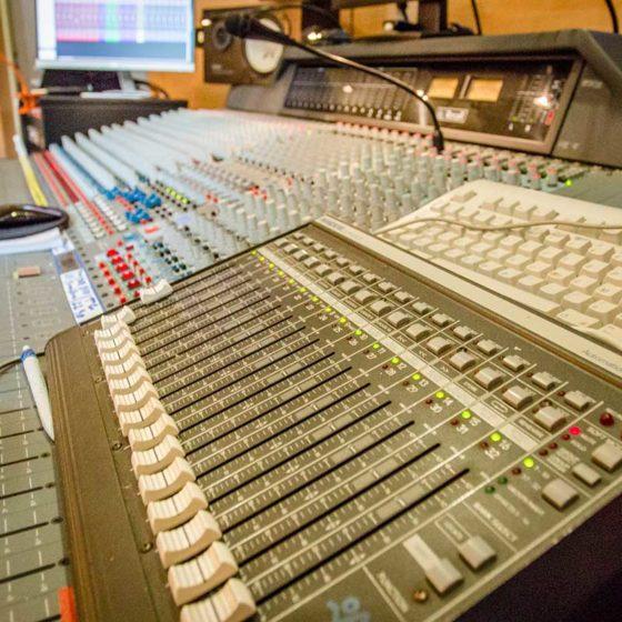 Ka-Pow Vintage recording studio - studio di registrazione firenze